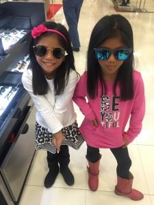 2 girls, at UGA